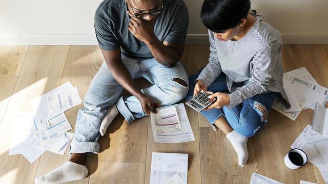 Loan for married couples - lender